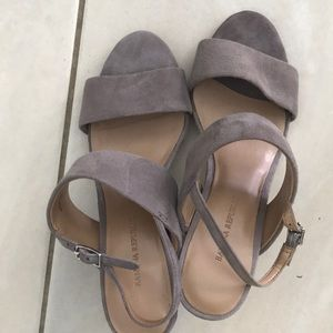 Banana Republic Sandals - Taupe Suede - Size 6M